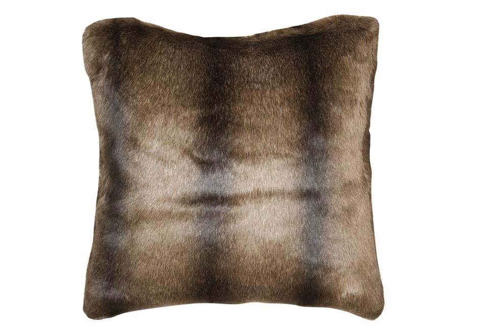 Подушка Fine, Collection: Webpelz<BR>Material: Fell / Fur: 80 % PAN / 20 % PES<BR>Size: 45 x 45 cm<BR>Артикул: BEAR 142