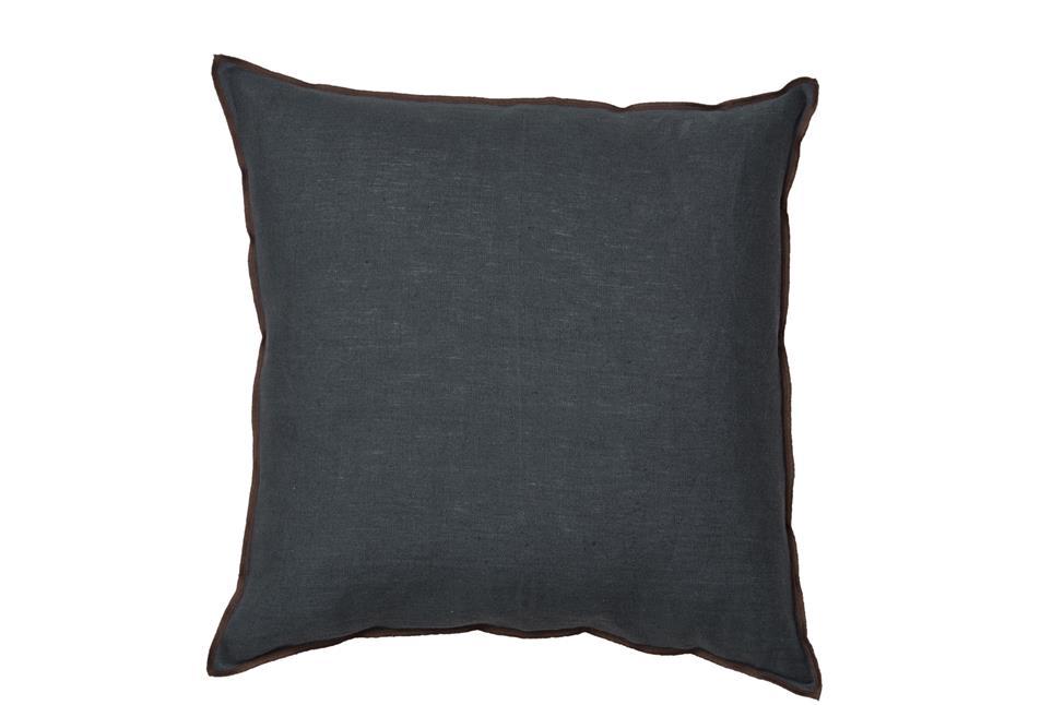 Подушка Fine, Collection: Hideaway<BR>Material: 100 % LI<BR>Size: 50 x 50 cm<BR>Артикул: HIDEAWAY 180