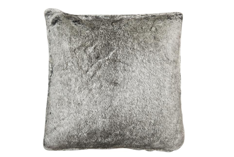 Подушка Fine, Collection: Webpelz<BR>Material: Fell / Fur: 80 % PAN / 20 % PES<BR>Size: 45 x 45 cm<BR>Артикул: SILVERFOX 170