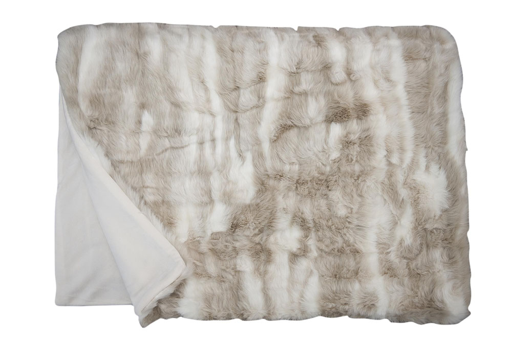 Плед Fine, Collection: Webpelz<br>Material: Fell / Fur: 80 % PAN / 20 % PES, Ruckseite / Reverse: 100 % PES<br>Size: 140 x 190 cm<br>CHINCHILLA цвет 110